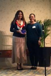 Dr. Lorrie Wong receives an award